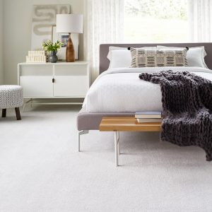 Bedroom carpet | Kopp's Carpet & Decorating