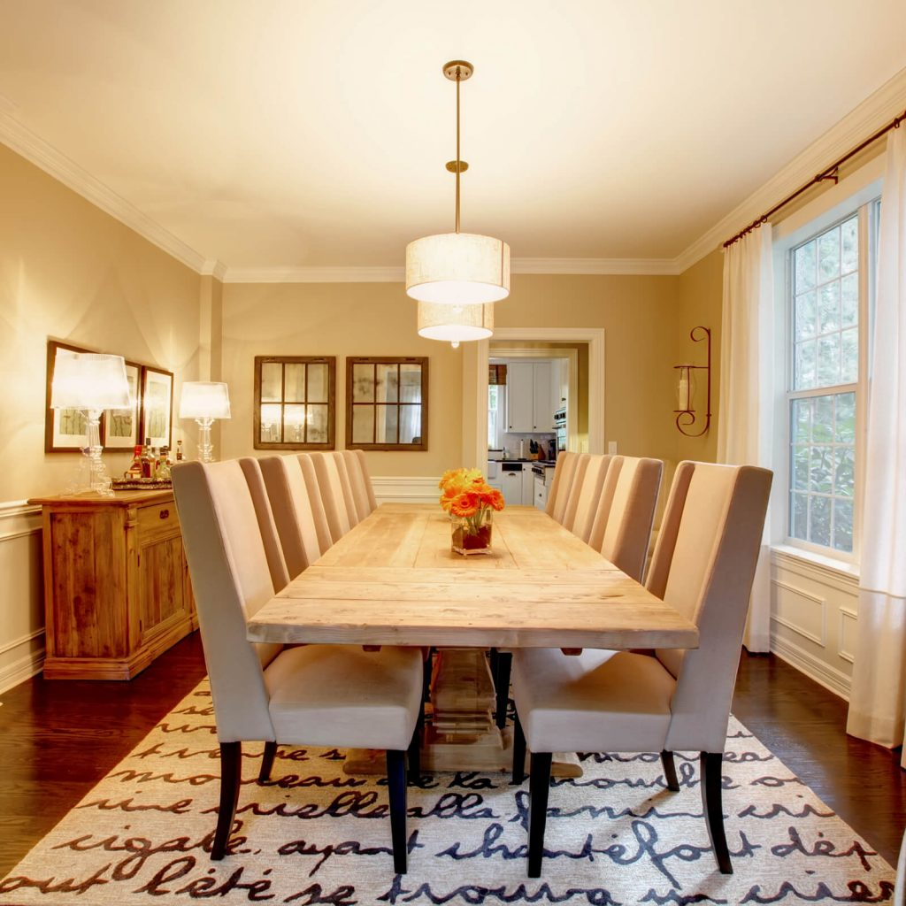 Choosing the Best Rug for Your Dining Room | Kopp's Carpet & Decorating
